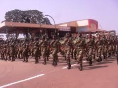 Cinquantenaire de  l'armée à Bamenda